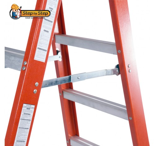 Solid locking hinge